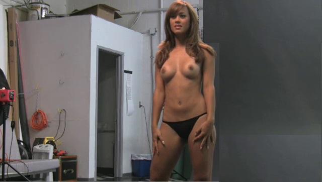 Naked Pics Of Jen Mateo - Silk Porno